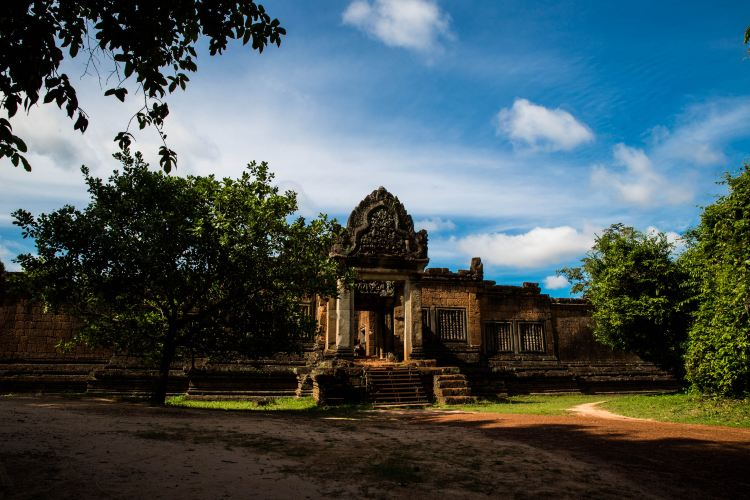 Banteay Samre2