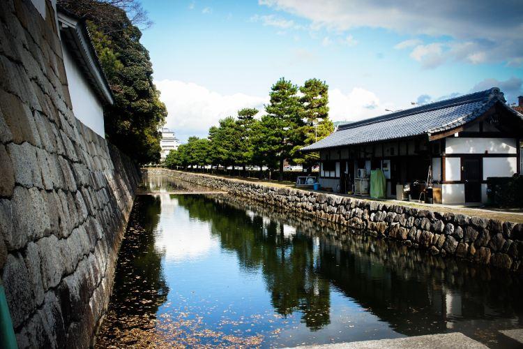 Hirosaki Castle Record Office3