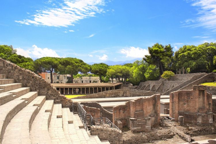 The Ancient City of Pompeii3