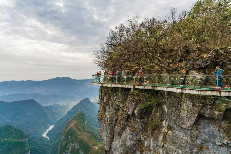 Tianmen Mountain Glass Walkway1