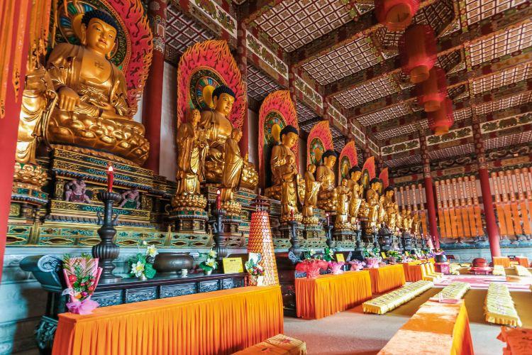 Pantao Mountain Buddhist Cultural Scenic Area2
