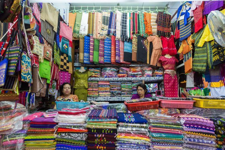 Bogyoke Aung San Market2