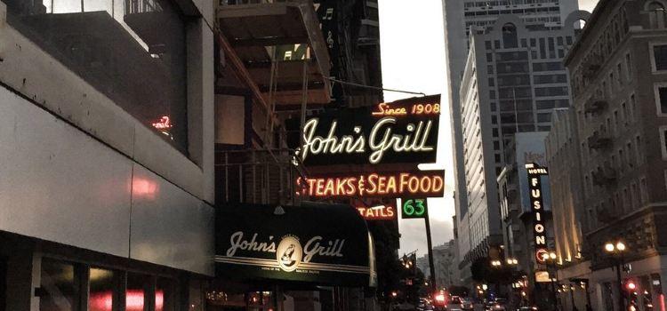 John's Grill3