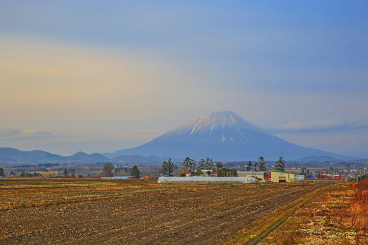 Mount Yōtei2