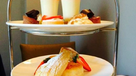 Afternoon Tea at the King Edward Hotel