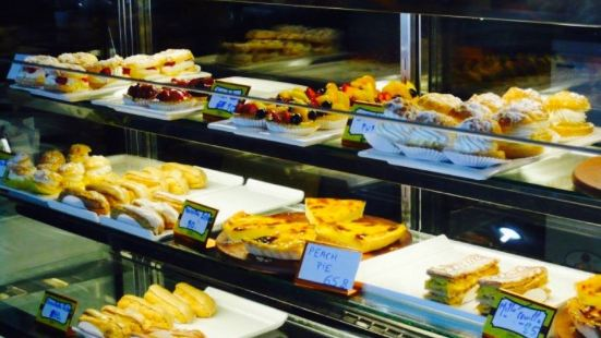 L'opera French Bakery