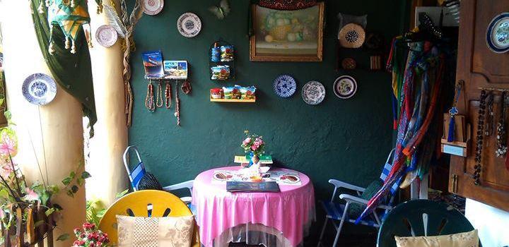 Royal Dutch Cafe1