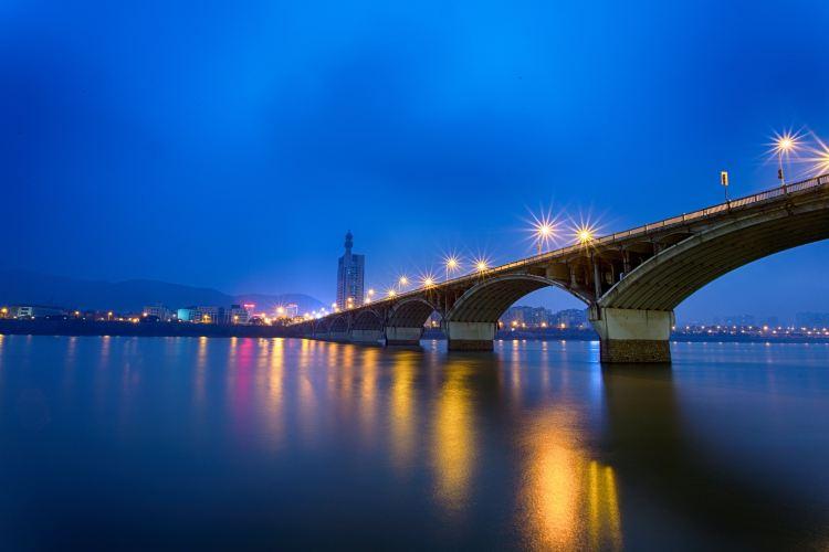 Ju-zi-zhou Bridge2
