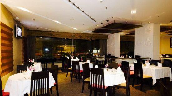 Manhattan Restaurant