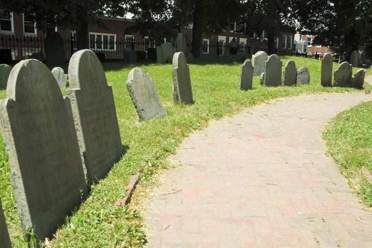 考普山墓地2