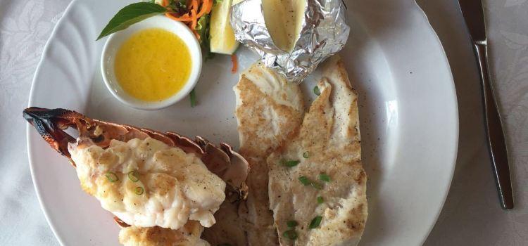 Tiko's Floating Restaurant1