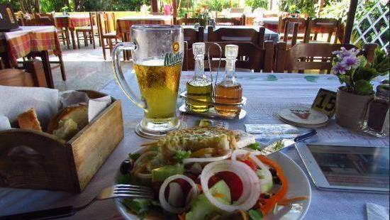 Antonis Greek Taverna-Restaurant