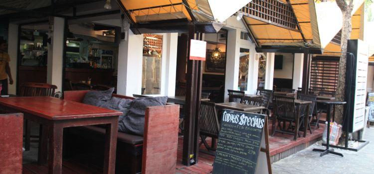 Unni's Restaurant1