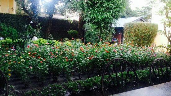Garden Kitchen Kathmandu