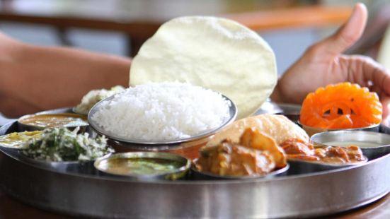 Shanmugas