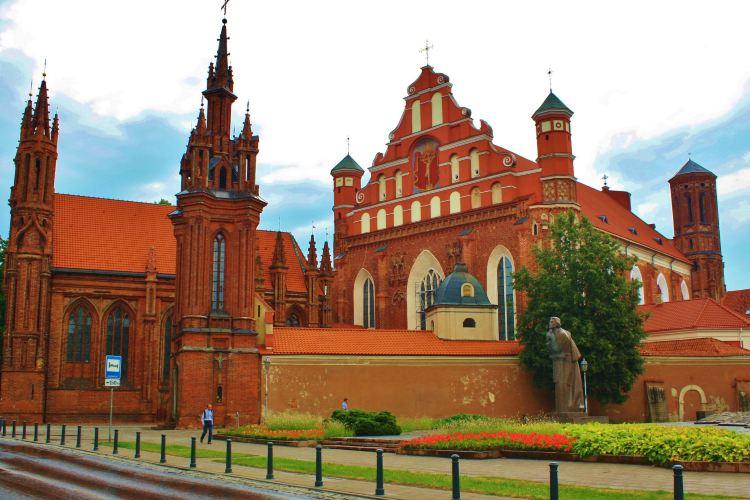 St. Anne's Church2