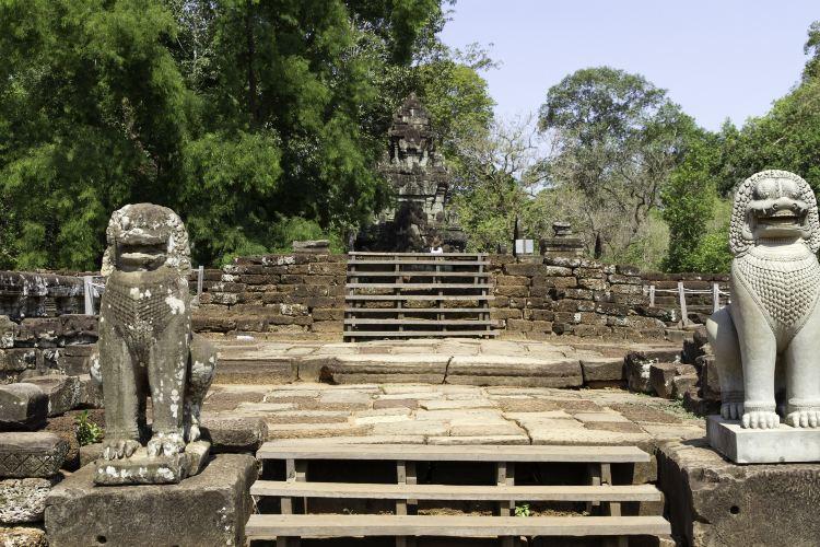 Terrace of the Elephants2