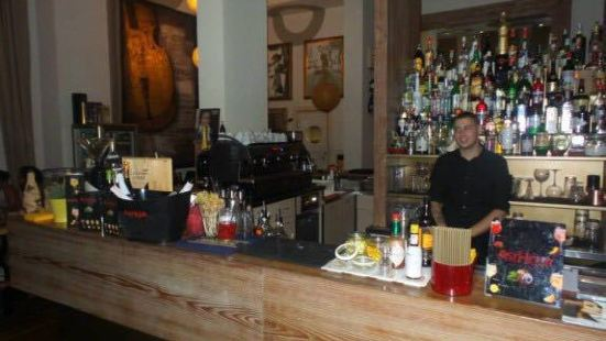 Deep Milano Cafe & Food