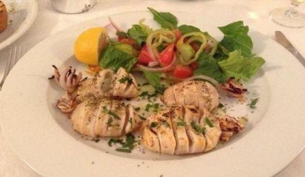 Naoussa Restaurant1