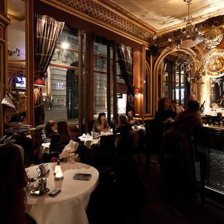 Le Grand Cafe Des Negociants3