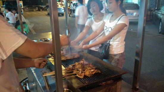 劉放醬爆烤肉