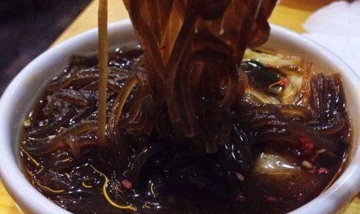 金達萊冷麵