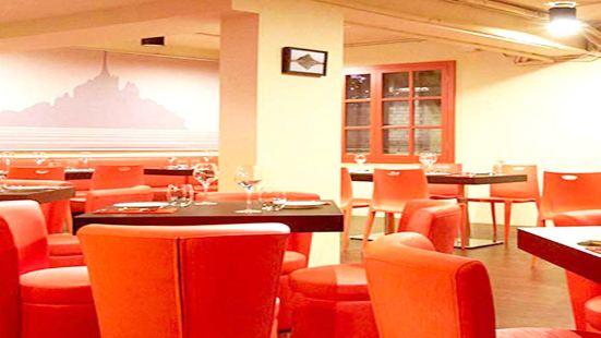 La Mere Poulard Cafe