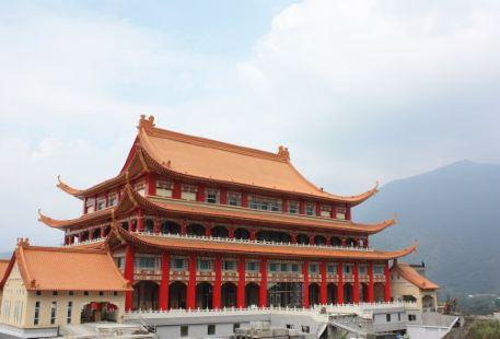 Lingyan Temple (Puli)