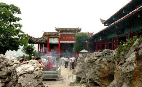 Zhangjiajie Zixia Temple