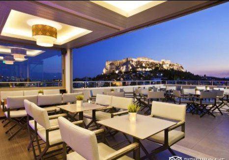 Thea Terrace Bar1