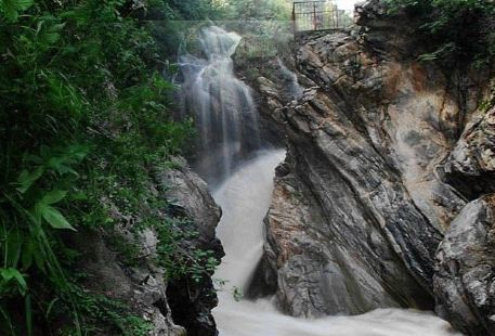 Gaoguan Waterfall