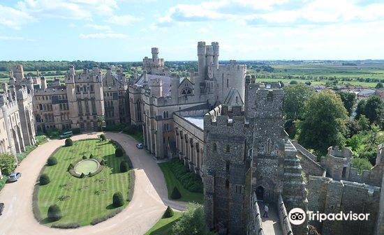 Arundel Castle & Gardens3