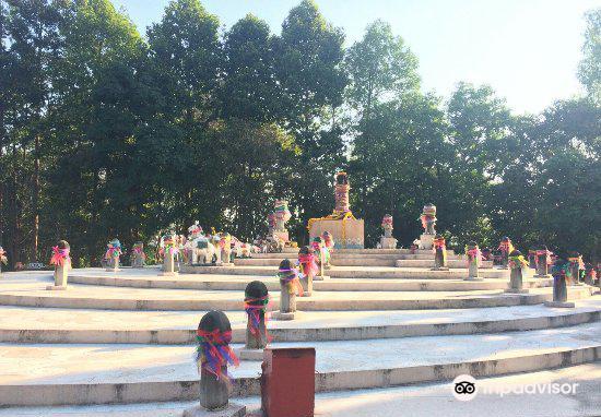 The Navel City Pillar of Chiang Rai3