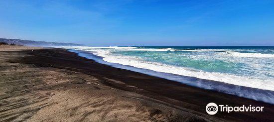 Cemara Beach1