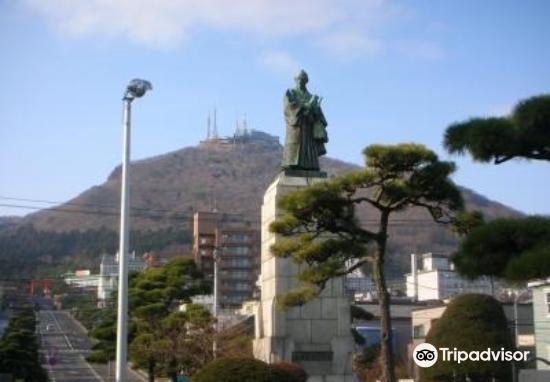 Kahei Takataya Statue2