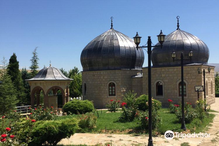 Hasan Gazi Turbesi1