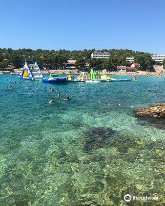 Beach Slanica2