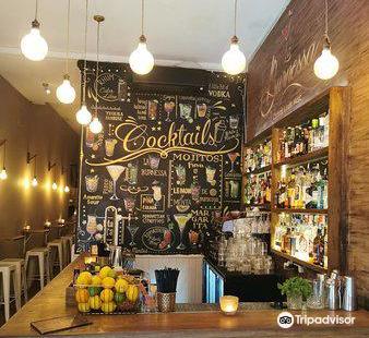 La Burnessa Cocktail Bar