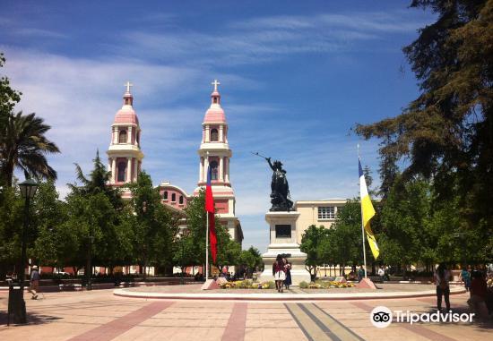 Plaza de los Heroes3