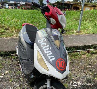 La Fortuna Rentals - Scooters