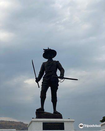 7 Kings of Siam Statues3