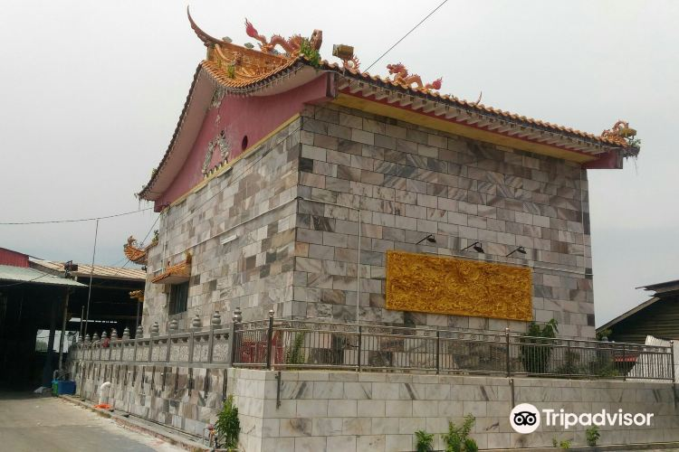 Chinese Temple3