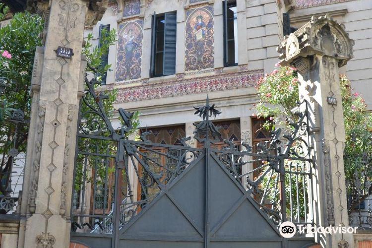 用彩色瓷磚裝飾的蒙達爾宮4