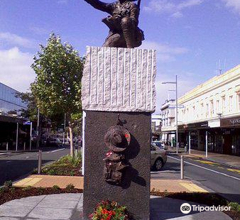Sapper Horace Moore-Jones commemorative statue