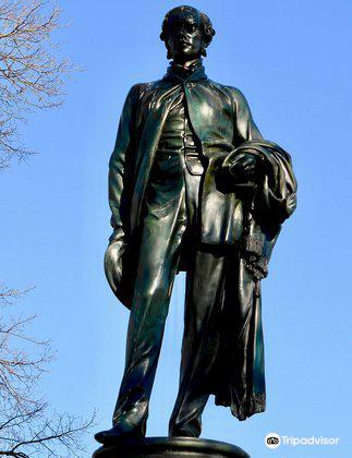 John Robert Godley Statue4