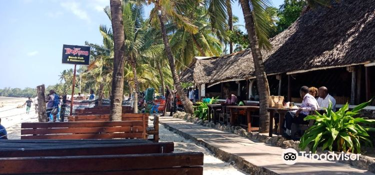 Pirates Beach Club