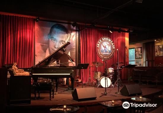 Jazz Showcase1