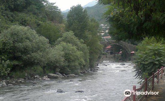 Sanahin Bridge2