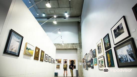 Urban Institute for Contemporary Art3