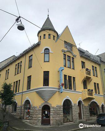 Brosundet i Alesund1